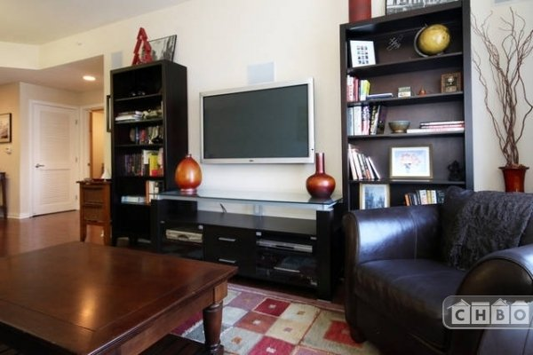 image 4 furnished 1 bedroom Townhouse for rent in Park West, Central San Diego