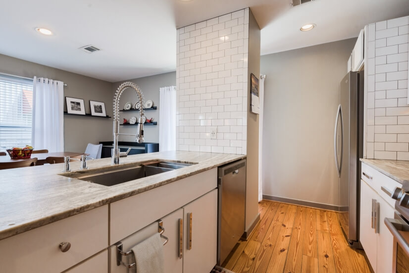 image 10 furnished 2 bedroom Townhouse for rent in Midtown, Inner Loop