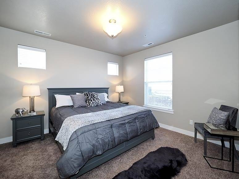 image 12 furnished 3 bedroom Townhouse for rent in Lehi, Utah County