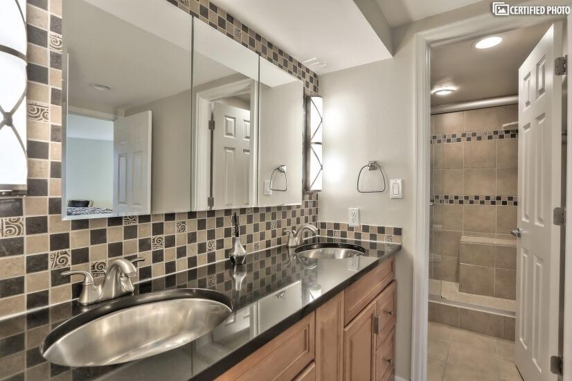 Full Sized tile Shower