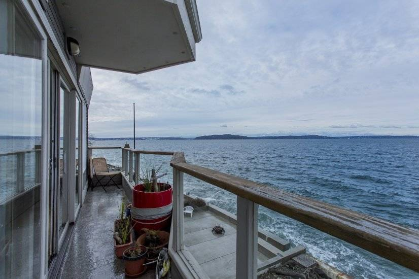 Front deck seating - view of Cascades, Olympics, sealife!