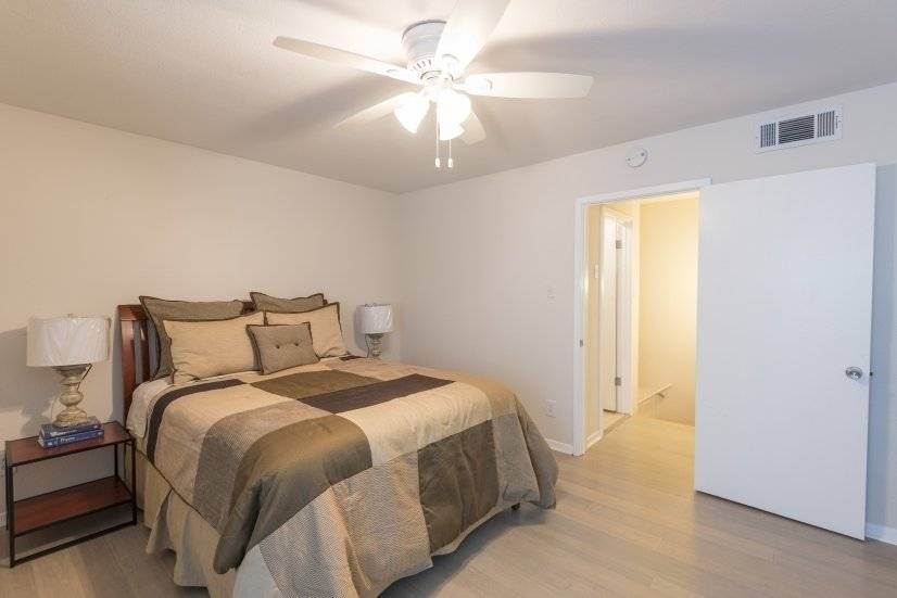 image 10 furnished 1 bedroom Townhouse for rent in Oak Lawn, Dallas
