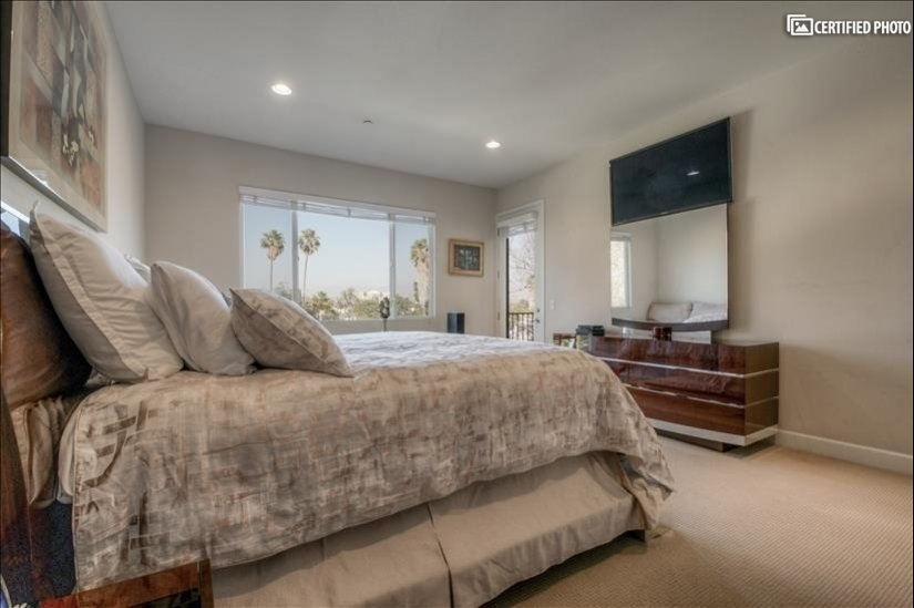 image 14 furnished 3 bedroom Townhouse for rent in North Hollywood, San Fernando Valley