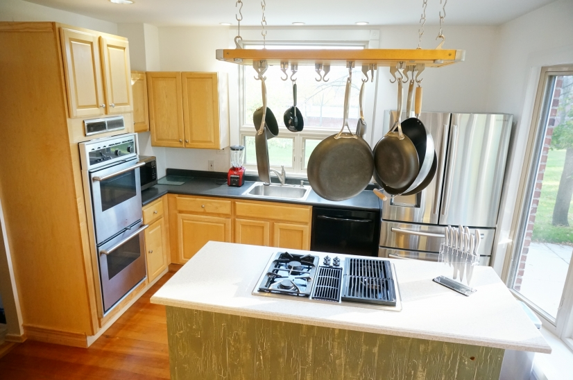 image 3 furnished 3 bedroom House for rent in Livonia, Detroit Area