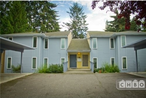 image 11 furnished 2 bedroom Townhouse for rent in Kirkland, Seattle Area
