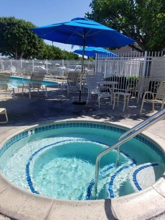 image 11 furnished 1 bedroom Townhouse for rent in Huntington Beach, Orange County