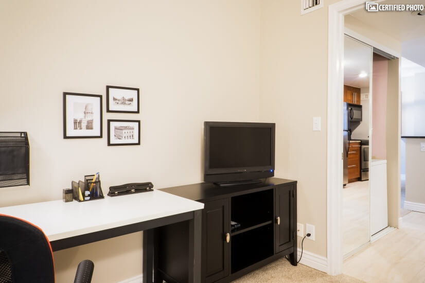 Office with TV / Monitor, Desk and Credenza