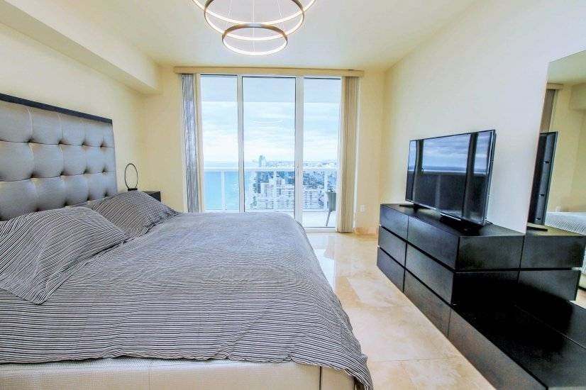 image 16 furnished 3 bedroom Townhouse for rent in Hallandale Beach, Ft Lauderdale Area