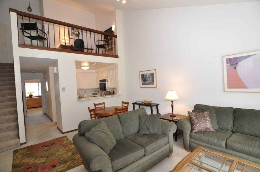 image 2 furnished 2 bedroom Townhouse for rent in Sausalito, Marin County