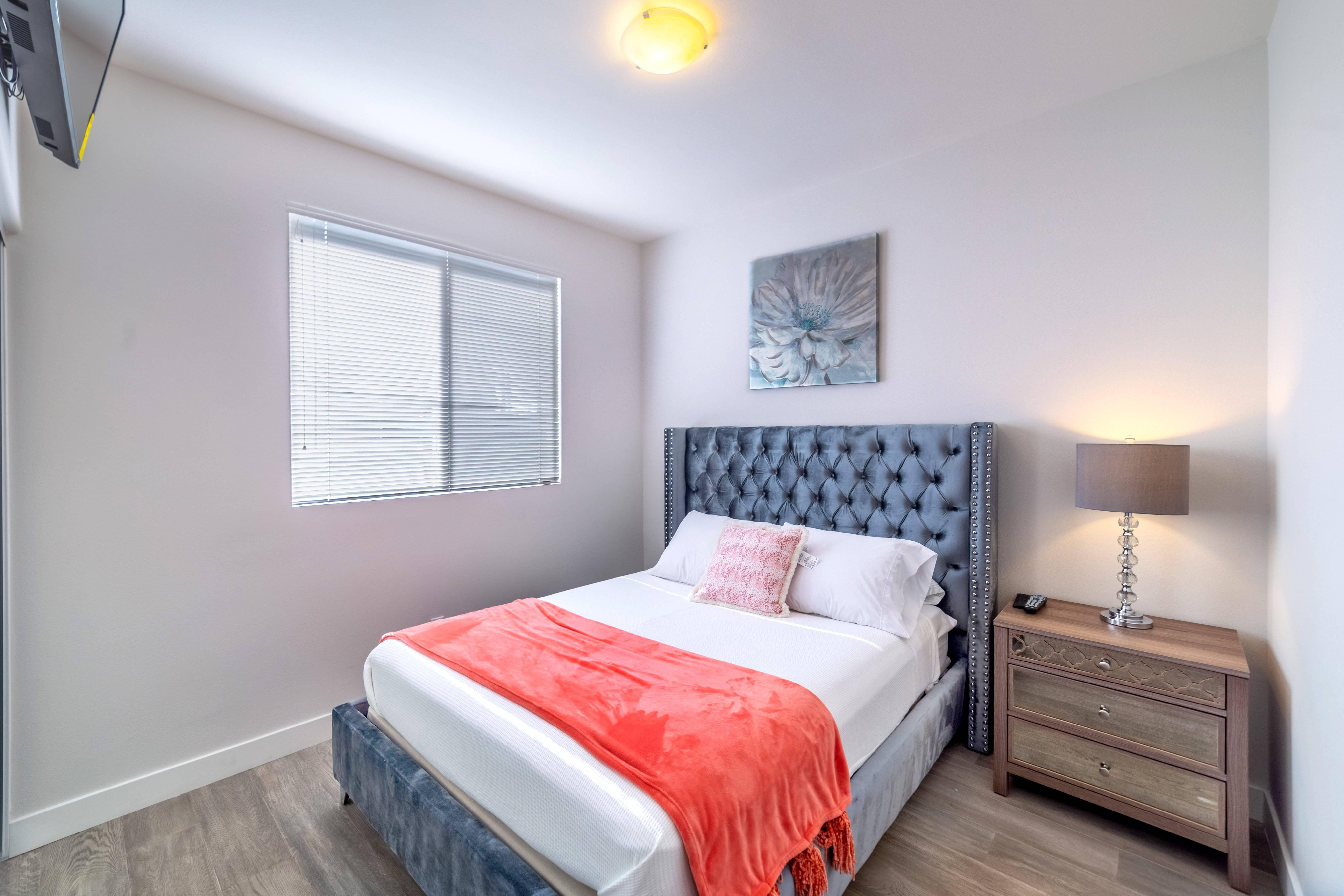 image 6 furnished 4 bedroom House for rent in Van Nuys, San Fernando Valley
