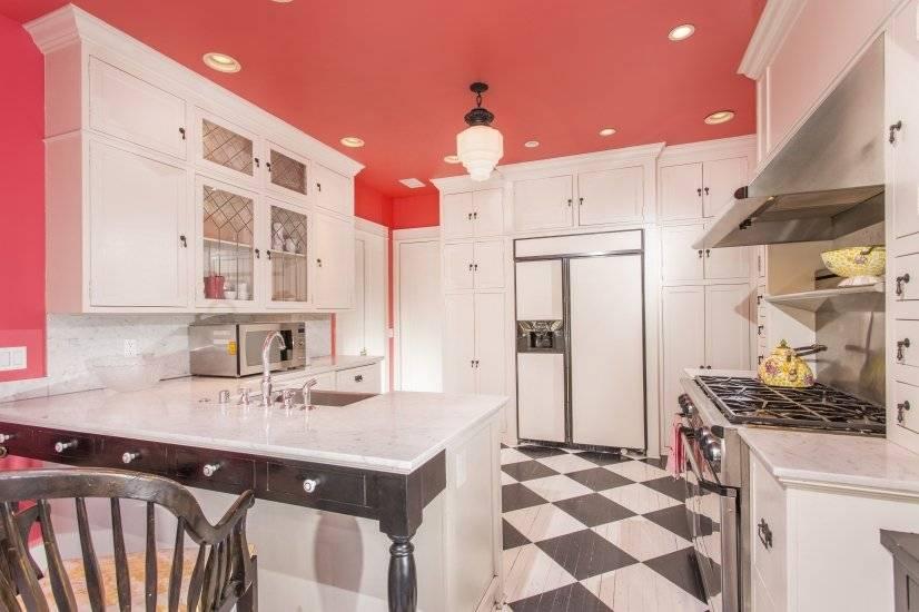 image 8 furnished 5 bedroom House for rent in Park West, Central San Diego