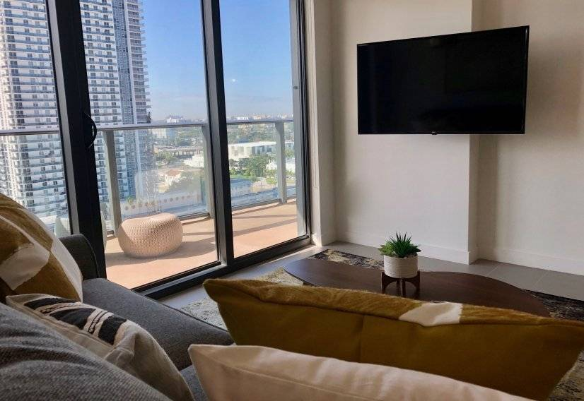 image 6 furnished 2 bedroom Townhouse for rent in Downtown, Miami Area