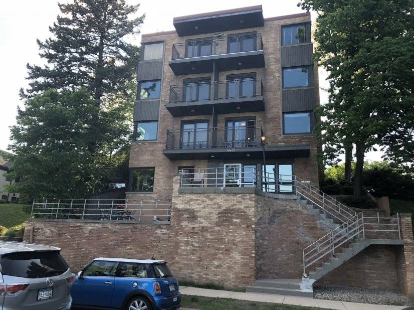 image 2 furnished 1 bedroom Townhouse for rent in Edina, Twin Cities Area