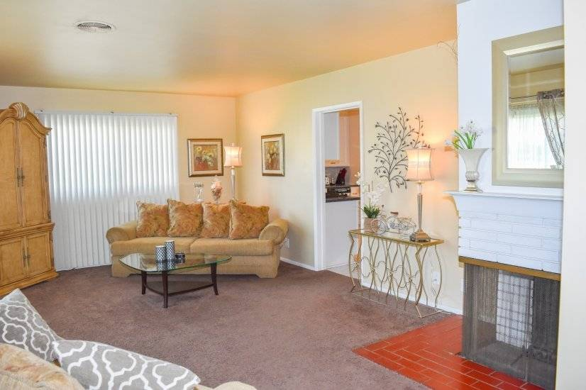 image 2 furnished 2 bedroom House for rent in Ontario, Southeast California
