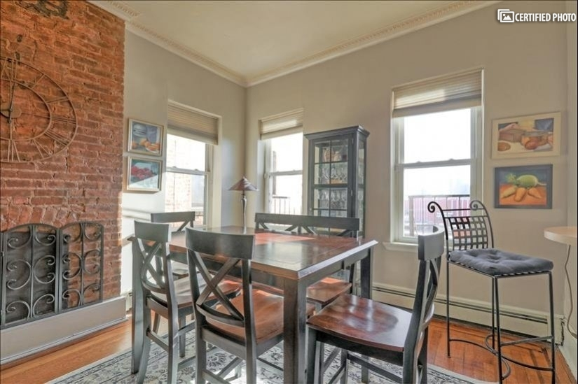 image 7 furnished 2 bedroom Townhouse for rent in Jersey City, Hudson County