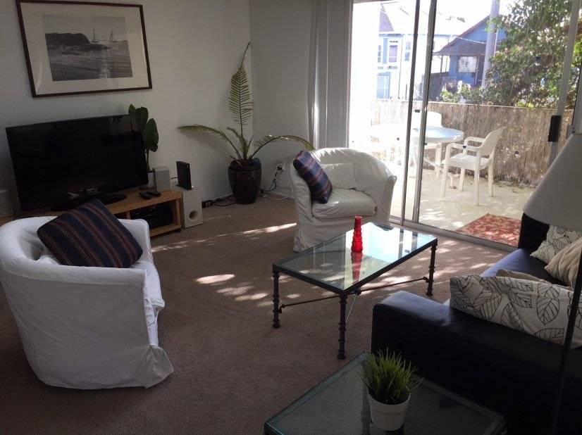 image 1 furnished 2 bedroom Townhouse for rent in Emeryville, Alameda County