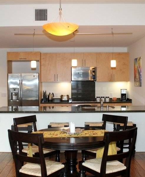 image 3 furnished 1 bedroom Townhouse for rent in Park West, Central San Diego