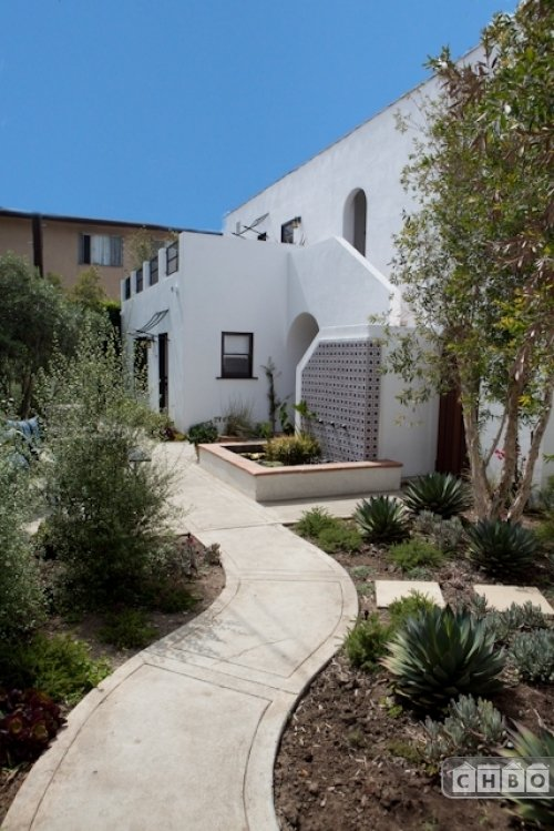 image 2 furnished Studio bedroom Hotel or B&B for rent in West Hollywood, Metro Los Angeles