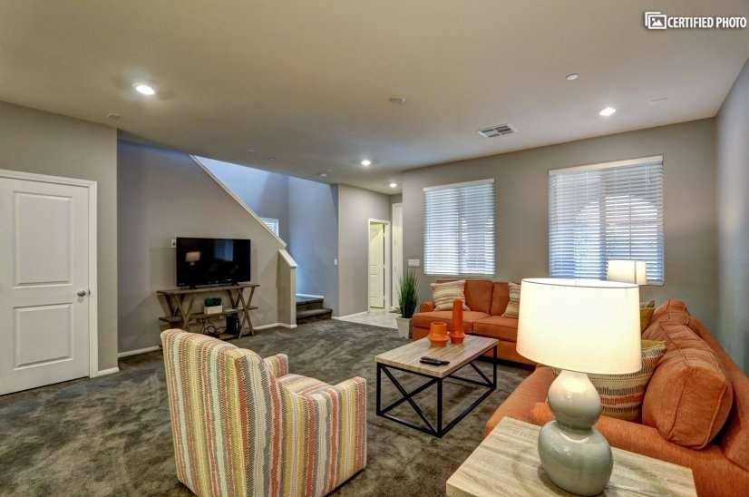 image 4 furnished 3 bedroom Townhouse for rent in Henderson, Las Vegas Area