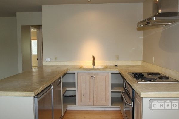 image 7 unfurnished 2 bedroom Apartment for rent in Healdsburg, Sonoma County