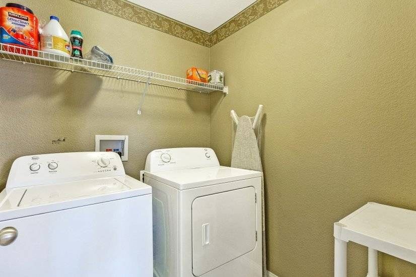 Laundry Room with W/D