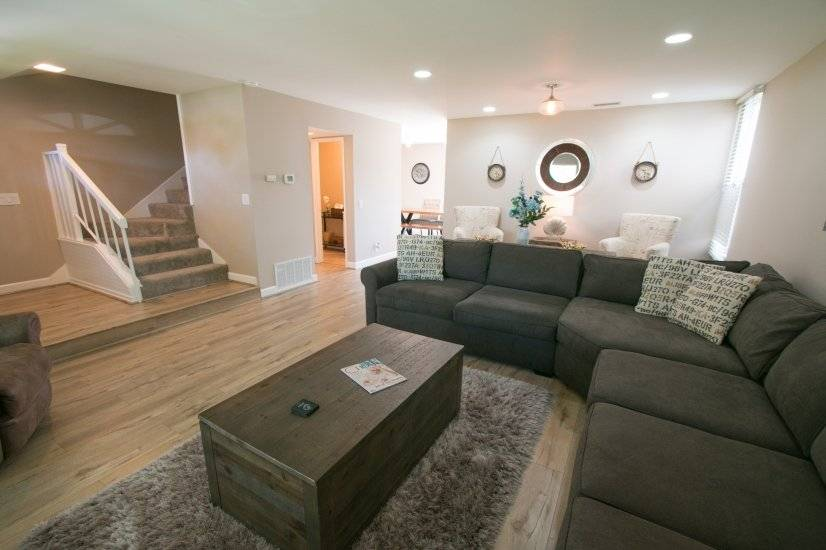 image 3 furnished 4 bedroom Townhouse for rent in Irvine, Orange County