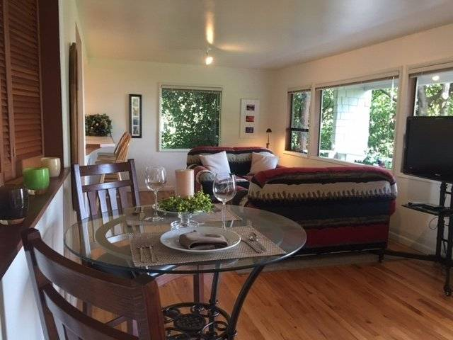 image 3 furnished 1 bedroom Apartment for rent in Beacon Hill, Seattle Area