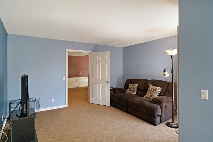 image 9 furnished 5 bedroom House for rent in Chino, Southeast California