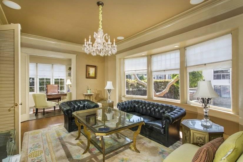 image 7 furnished 5 bedroom House for rent in Park West, Central San Diego
