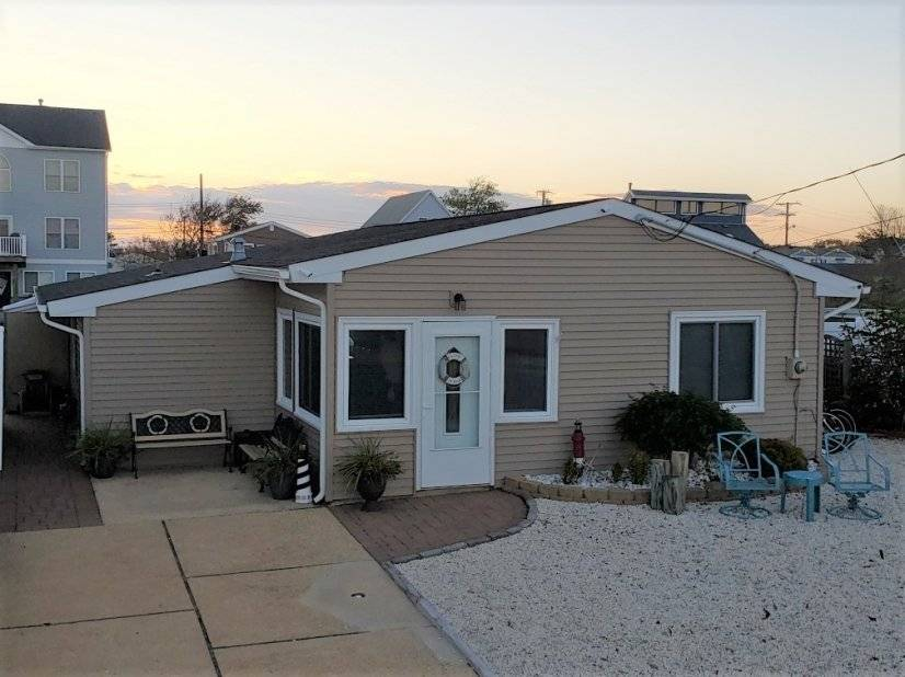 All Inclusive Three Bedroom Home Forked River, NJ