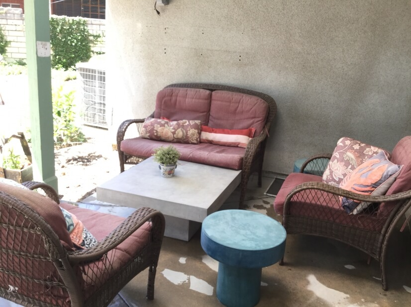Lots of outdoor seating help you to enjoy the summer evening