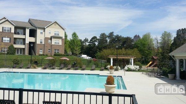 image 5 furnished 2 bedroom Apartment for rent in Knoxville, Knox (Knoxville)