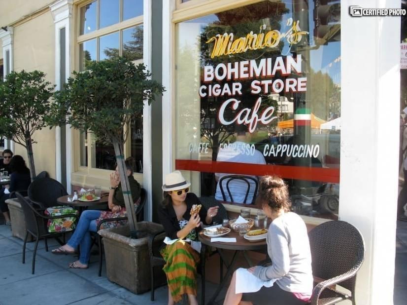 Historic North Beach neighborhood is less than 10 min away!