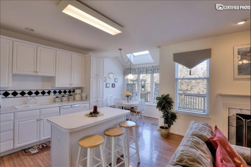 image 7 furnished 3 bedroom House for rent in Ashburn, DC Metro