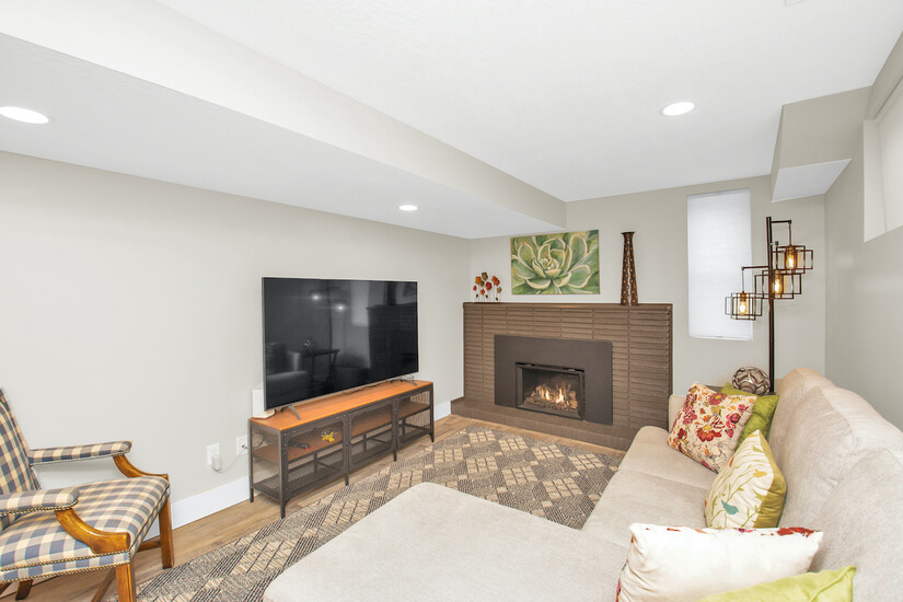 Downstairs Family Room w/fireplace & large TV