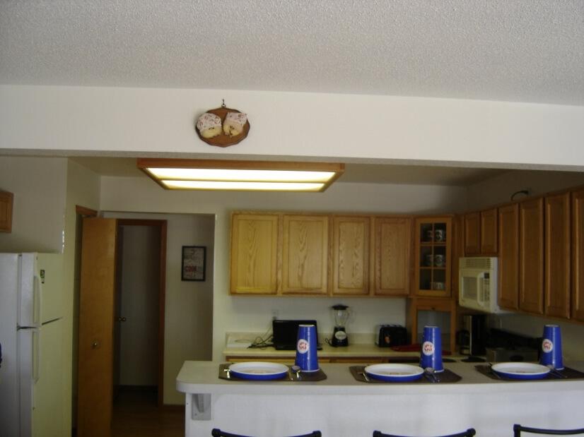 Main Level Kitchen 4 of 4