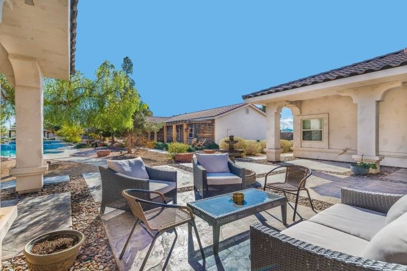 image 6 furnished 5 bedroom House for rent in Paradise, Las Vegas Area
