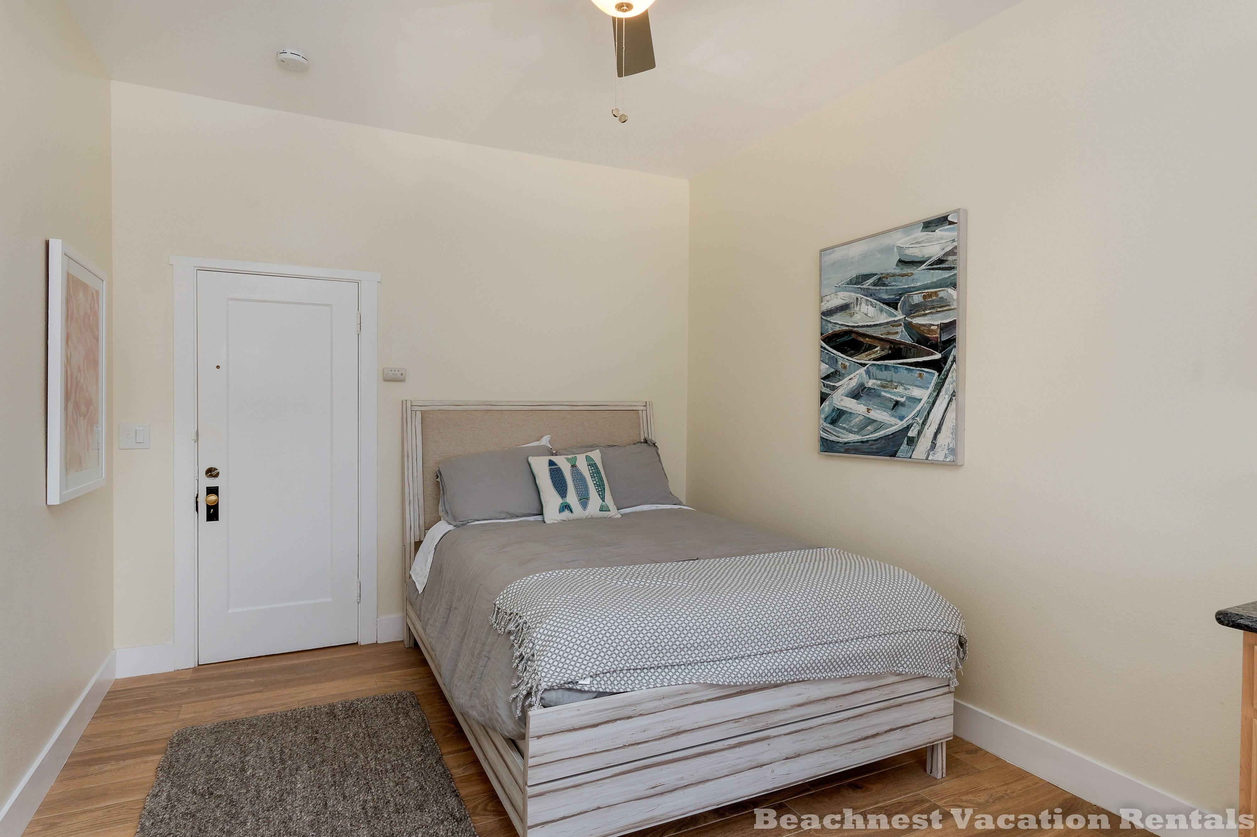 image 7 furnished Studio bedroom Apartment for rent in Santa Cruz, Monterey Bay