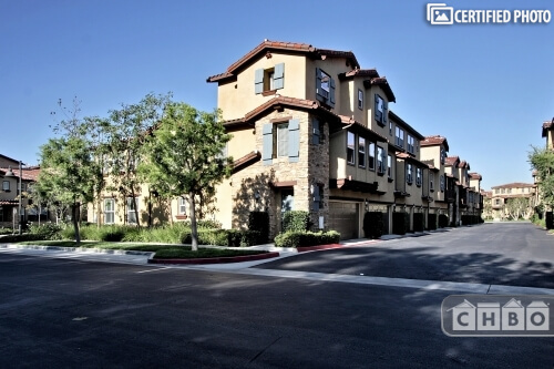 image 3 furnished 3 bedroom Townhouse for rent in Irvine, Orange County