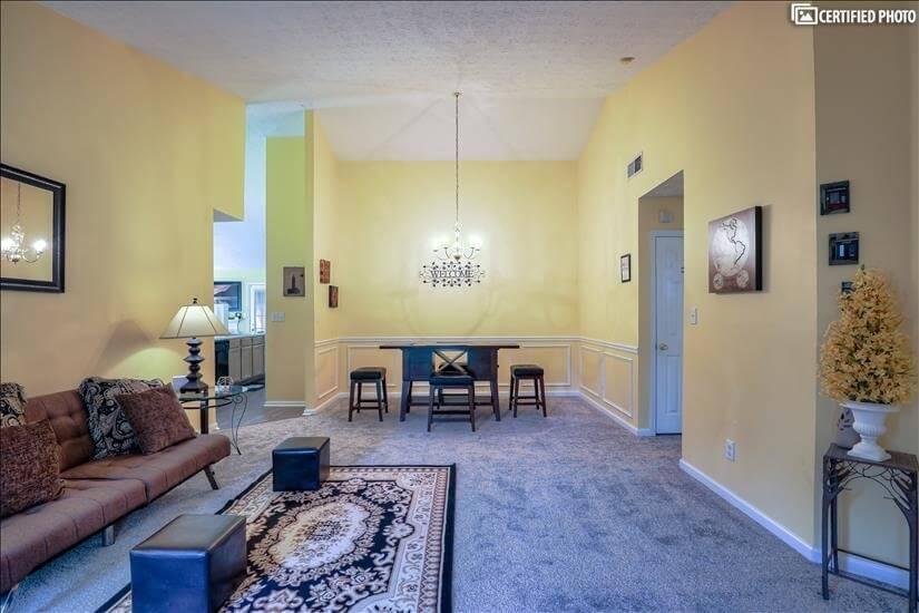 Living Room/Dining Room C