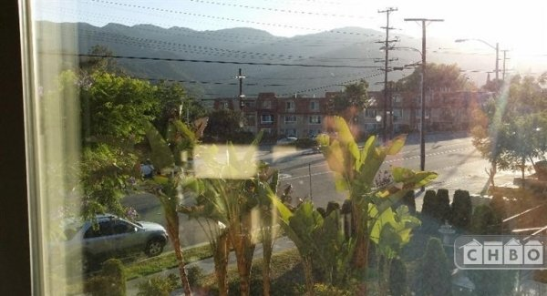 image 9 furnished 2 bedroom Townhouse for rent in Montrose, San Fernando Valley