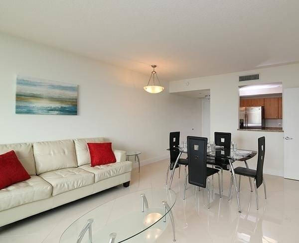 image 9 furnished 2 bedroom Apartment for rent in Coral Gables, Miami Area