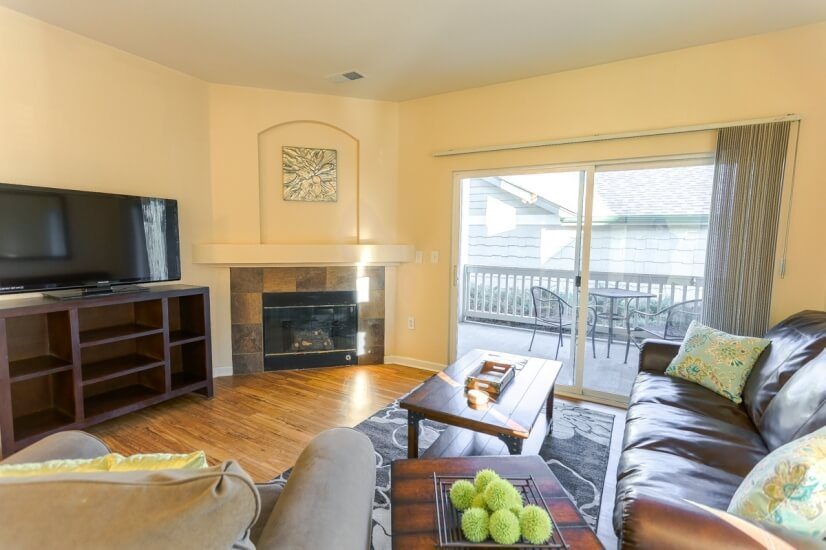 image 2 furnished 2 bedroom Townhouse for rent in Fort Collins, Larimer (Fort Collins)