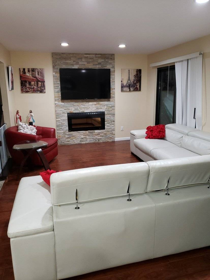 image 2 furnished 3 bedroom Townhouse for rent in Other Oakland County, Detroit Area