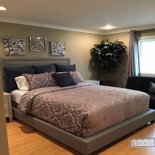 image 16 furnished 4 bedroom House for rent in Redlands, Southeast California