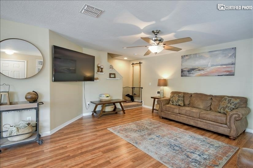 image 5 furnished 3 bedroom Townhouse for rent in Lakeland, Polk (Lakeland)