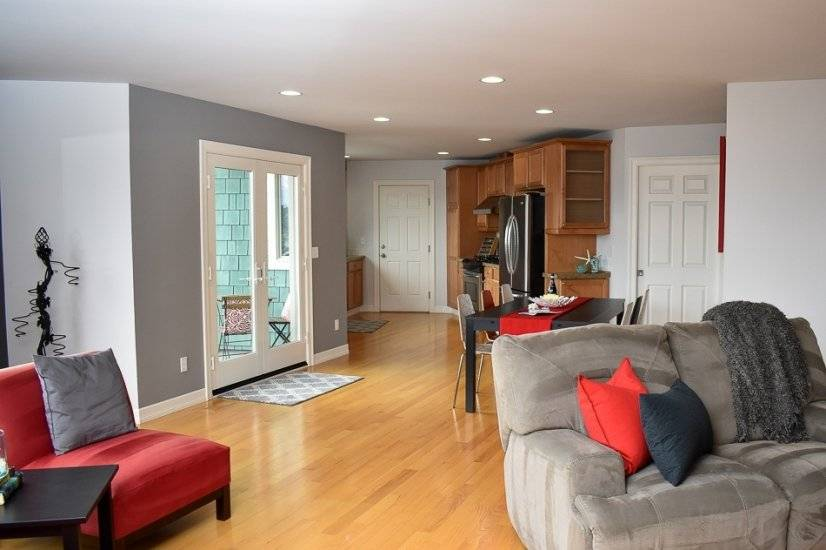 Easy flow between living, dining, and kitchen areas