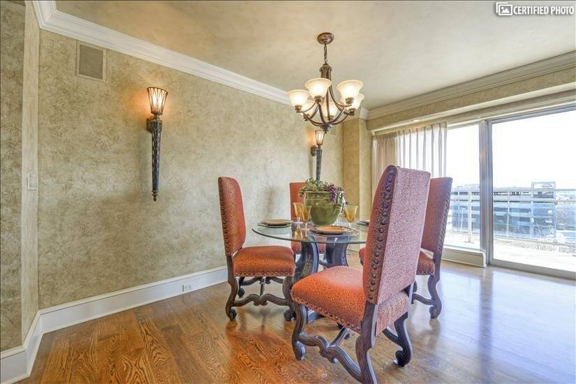 image 13 furnished 2 bedroom Townhouse for rent in Plaza, Kansas City Area