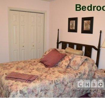bedroom 3, upstairs, queen