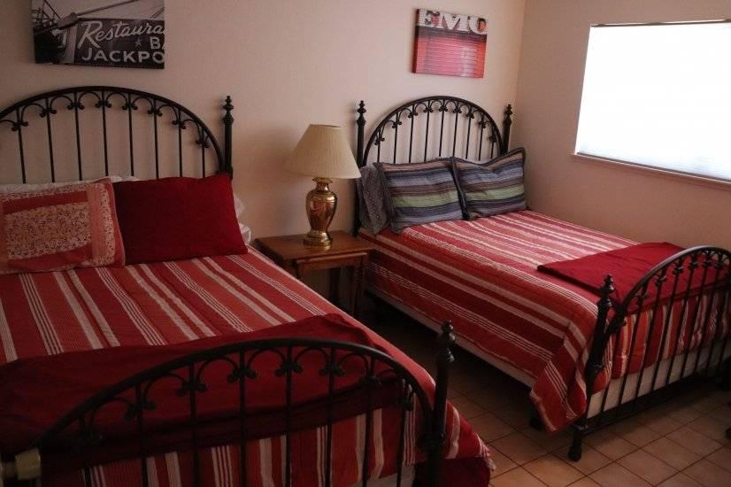 Bedroom 4-2 Fulls
